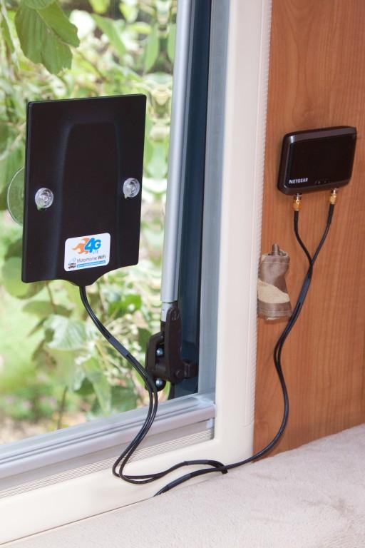 4g netgear aircard 4g mimo window mount antenna for Installation antenne wifi exterieur