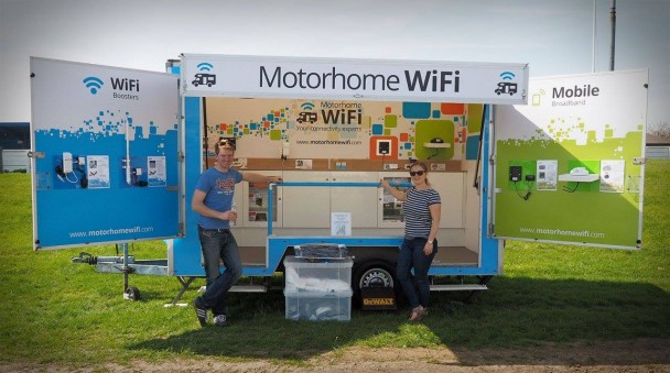 motorhome-wifi-exhibition-trailer